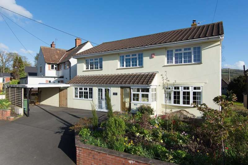 4 Bedrooms Detached House for sale in Tranquil Winscombe village location