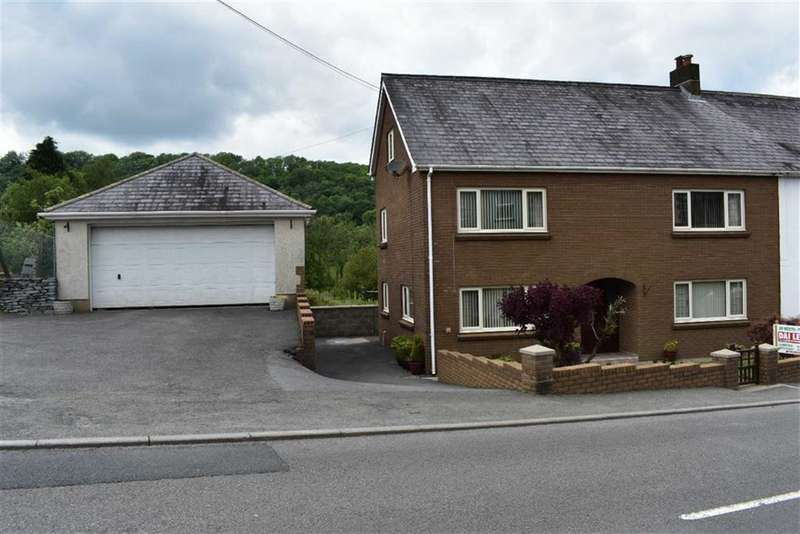 3 Bedrooms Semi Detached House for sale in PENCADER