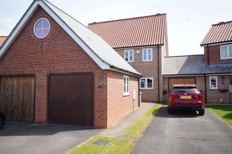 2 Bedrooms Town House for sale in Burton Waters, Lincoln