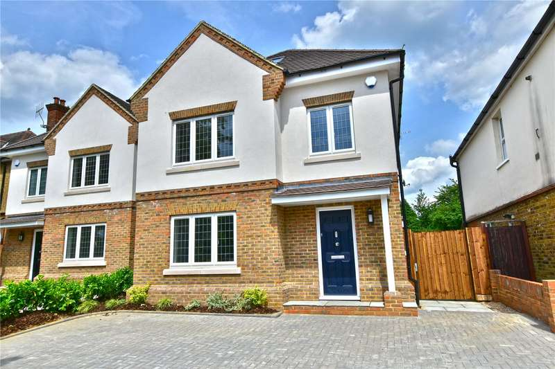 6 Bedrooms Detached House for sale in Gammons Lane, Watford, Hertfordshire, WD24