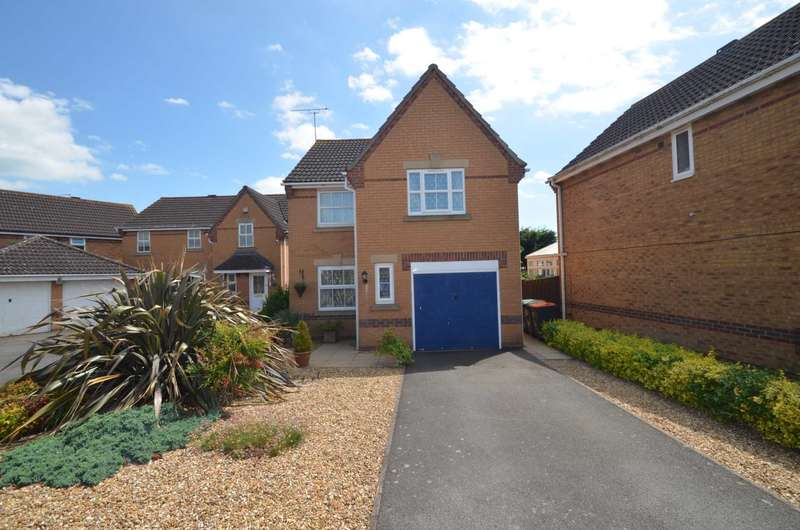 3 Bedrooms Detached House for sale in Marigold Way, Bedford