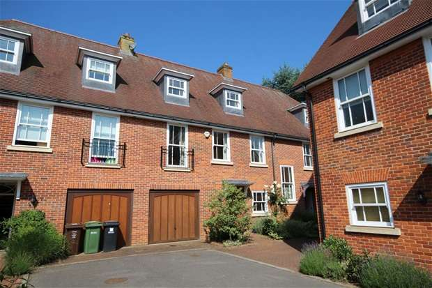4 Bedrooms House for sale in Miller Close, Redbourn, Redbourn