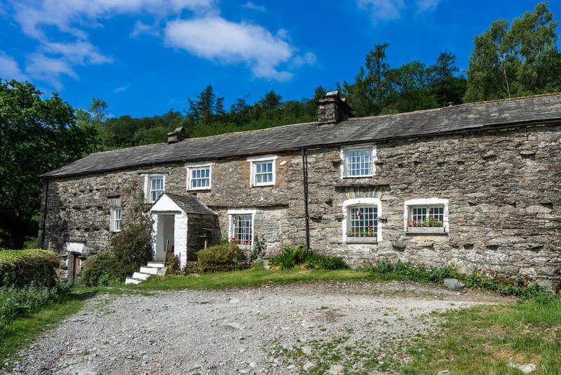 4 Bedrooms House for sale in Low Sadgill, Longsleddale, Kendal, Cumbria, LA8 9BE