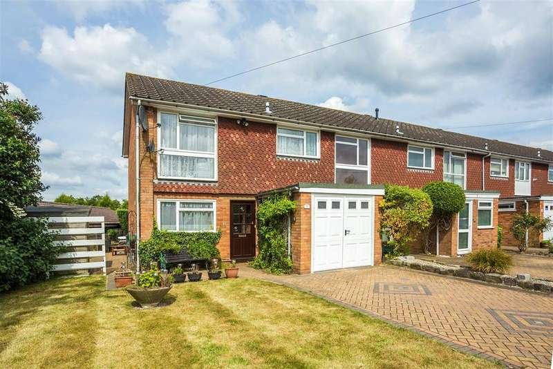 3 Bedrooms Semi Detached House for sale in Whitepit Lane, Flackwell Heath