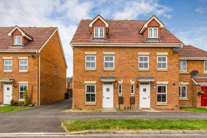 3 Bedrooms Semi Detached House for sale in Chestnut Drive, Darlington, County Durham, Darlington