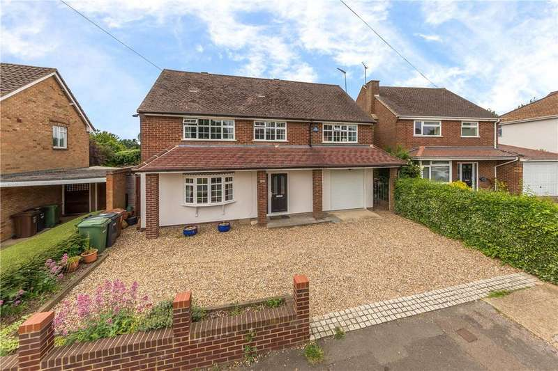 5 Bedrooms Detached House for sale in Lords Meadow, Redbourn, St. Albans, Hertfordshire