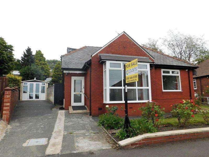 2 Bedrooms Detached Bungalow for sale in Everton Road, Oldham