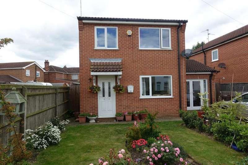 2 Bedrooms Detached House for sale in Withington Street, Sutton Bridge, Spalding, Lincs, PE12 9SU