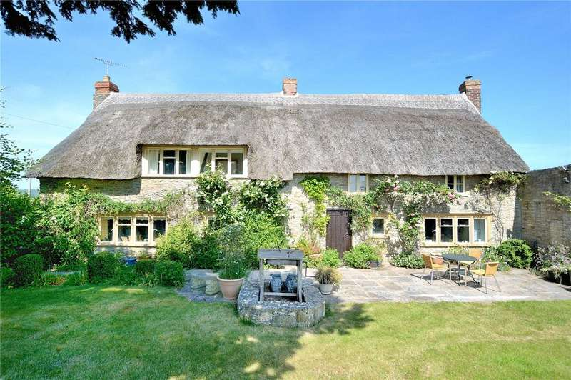 3 Bedrooms Detached House for sale in North Wootton, Sherborne, Dorset