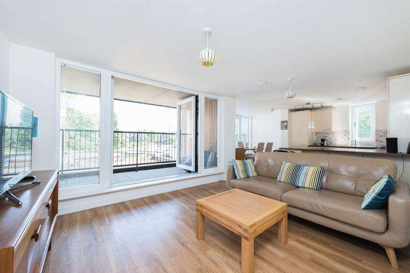 2 Bedrooms Apartment Flat for sale in Coronet Apartment, 5 Odeon Parade SE9 6DB
