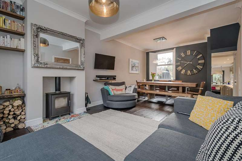 4 Bedrooms Semi Detached House for sale in Denman Road, Peckham