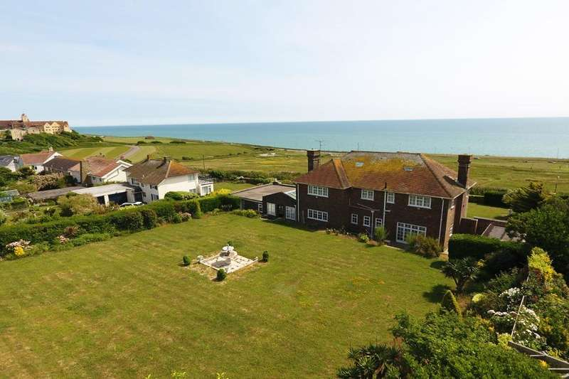 4 Bedrooms Detached House for sale in Roedean Way Brighton East Sussex BN2