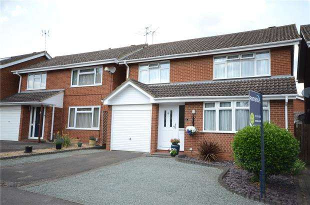 4 Bedrooms Detached House for sale in Bredon Road, Wokingham, Berkshire