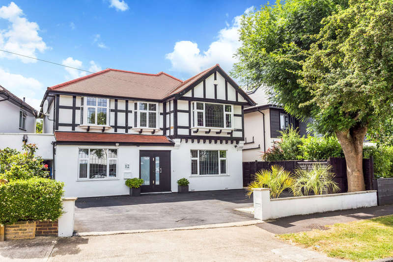 4 Bedrooms Detached House for sale in Derwent Avenue, London, SW15
