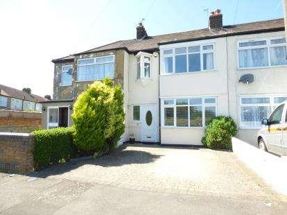 Terraced House for sale in South Hornchurch, Rainham, Essex