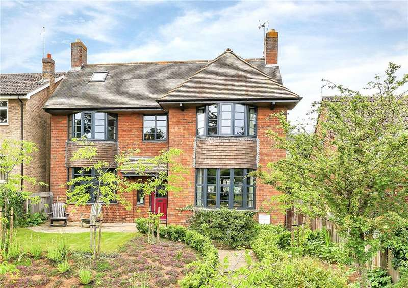 4 Bedrooms Detached House for sale in Tinwell Road, Stamford, Lincolnshire