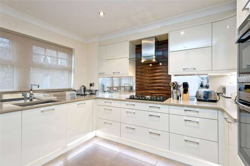 4 Bedrooms Terraced House for sale in Avondale Road, Wimbledon, London, SW19