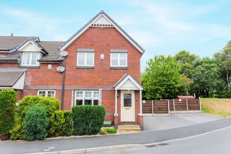 3 Bedrooms Semi Detached House for sale in Glazebury Drive, Westhoughton, Bolton, BL5