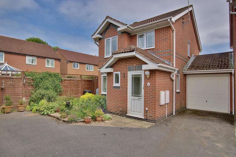 3 Bedrooms Link Detached House for sale in ROMSEY