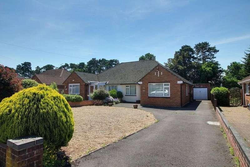 3 Bedrooms Semi Detached Bungalow for sale in Roslyn Road, Woodley, Reading, Berkshire, RG5