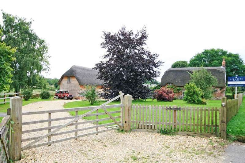 3 Bedrooms Cottage House for sale in North End, Damerham, Fordingbridge, SP6