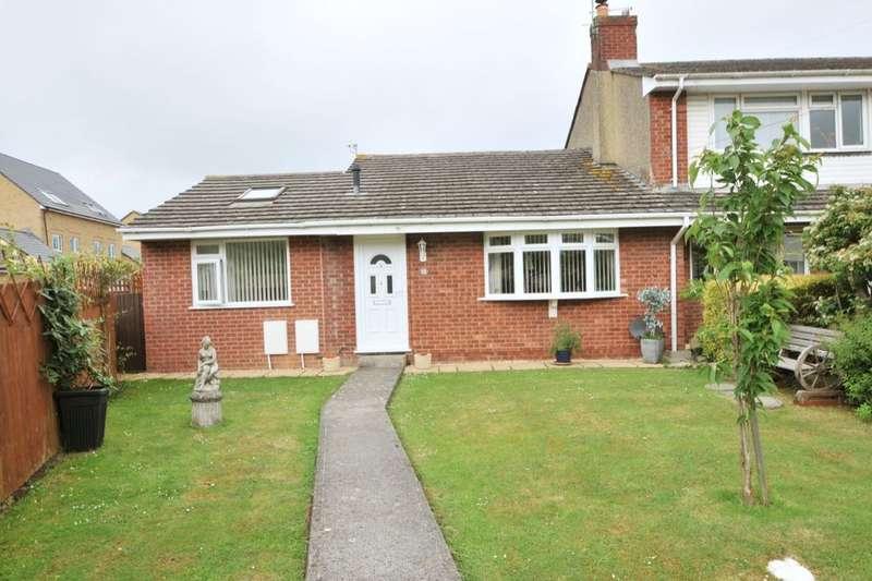 2 Bedrooms Bungalow for sale in May Tree Walk, Keynsham, Bristol, BS31