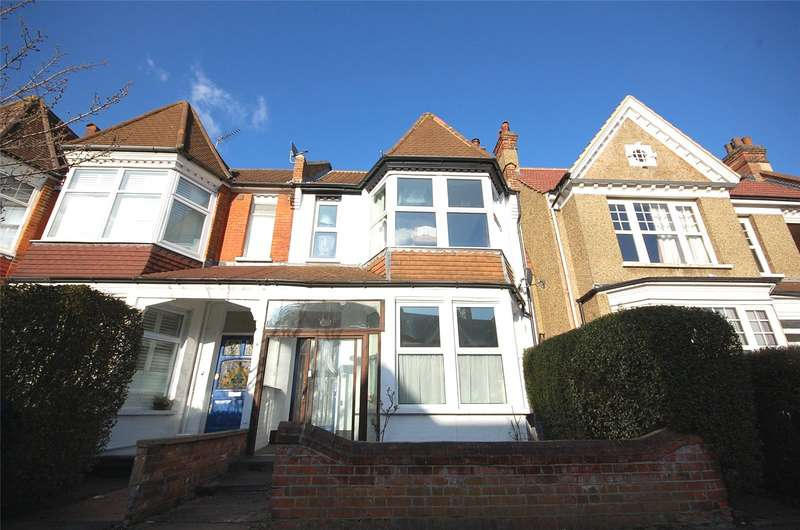 4 Bedrooms Property for sale in Princes Avenue Finchley London