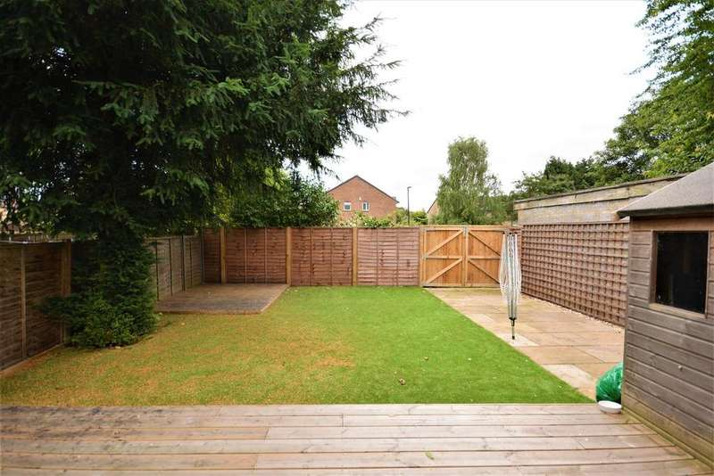 2 Bedrooms Flat for sale in Runnymede, Colliers Wood