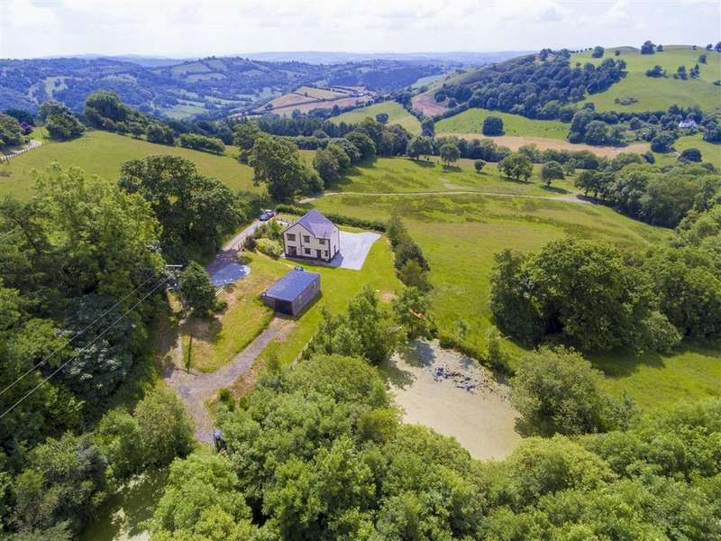 4 Bedrooms Detached House for sale in Llanfyllin, Oswestry