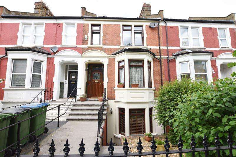 4 Bedrooms Terraced House for sale in Cantwell Road, Shooters Hill, SE18 2UQ