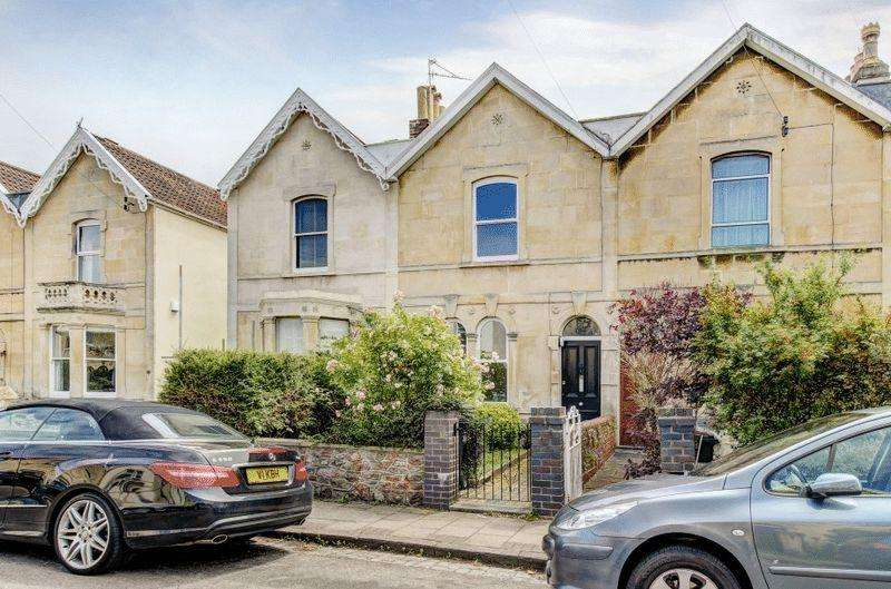 3 Bedrooms Terraced House for sale in Royal Albert Road, Westbury Park