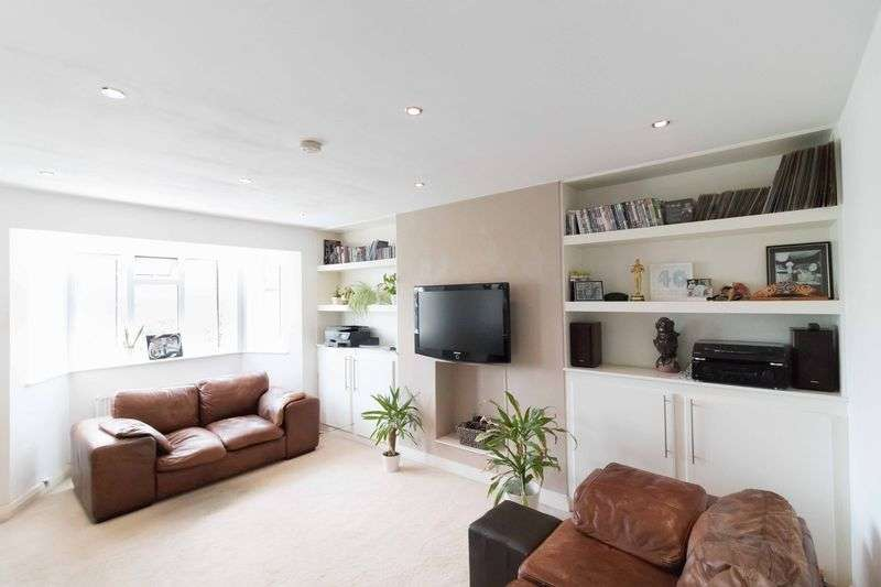 1 Bedroom Property for sale in The Drive, London
