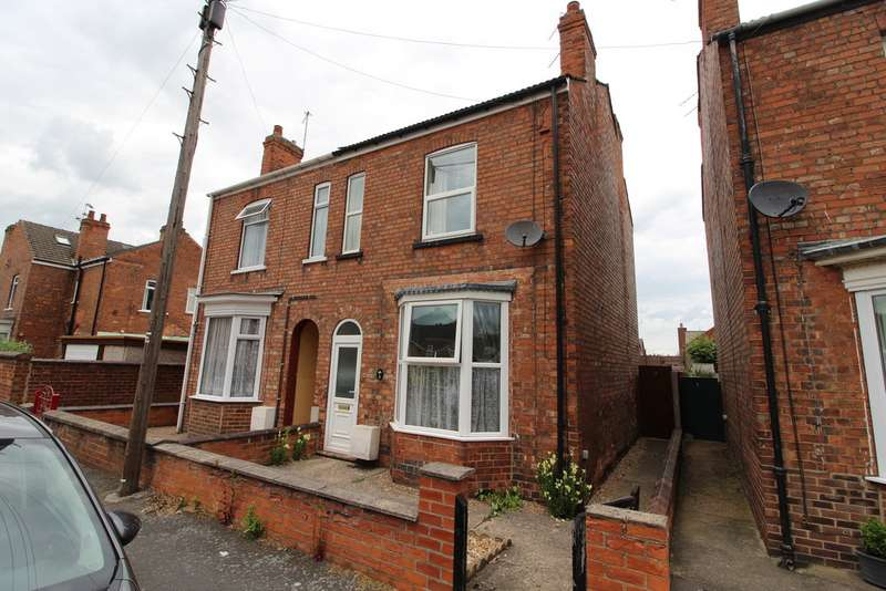 3 Bedrooms Semi Detached House for sale in Scott Street, Gainsborough DN21