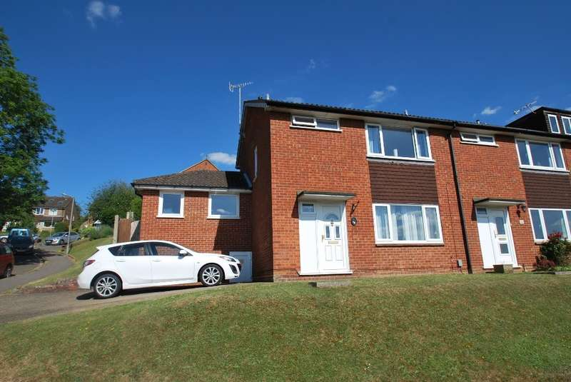 3 Bedrooms End Of Terrace House for sale in Frances Street, Chesham, HP5