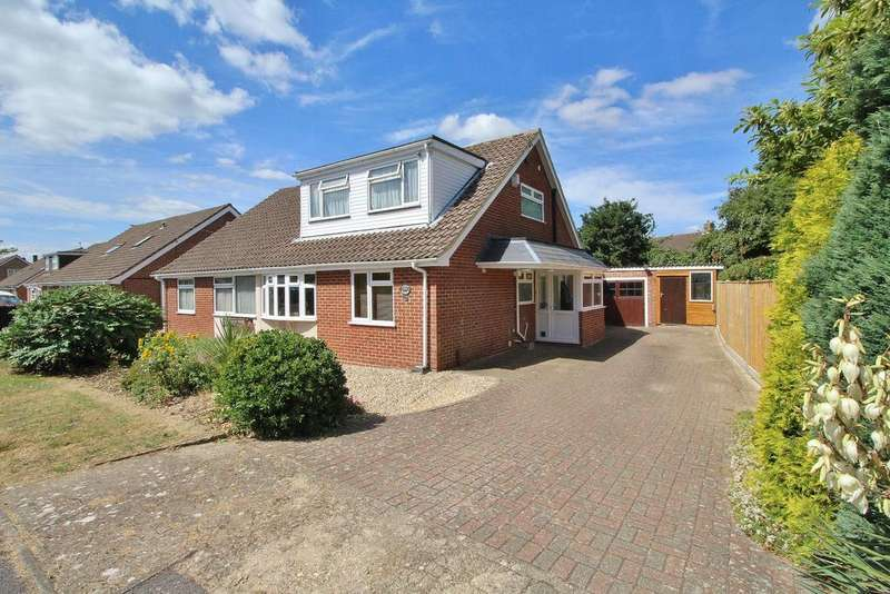 4 Bedrooms Chalet House for sale in Oaklands Way, Titchfield Common