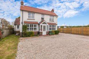 4 Bedrooms Detached House for sale in Dittons Road, Polegate, East Sussex, Polegate