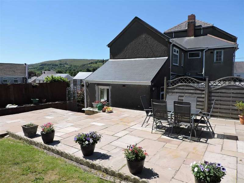 6 Bedrooms Detached House for sale in Gwilym Road, Cwmllynfell