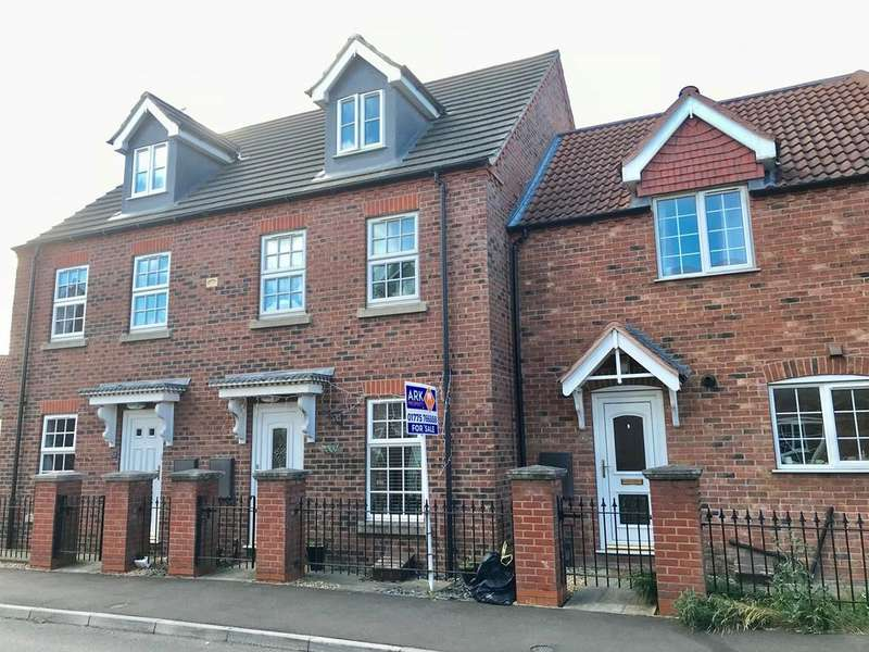 3 Bedrooms Town House for sale in Chamomile Way, Spalding, PE11