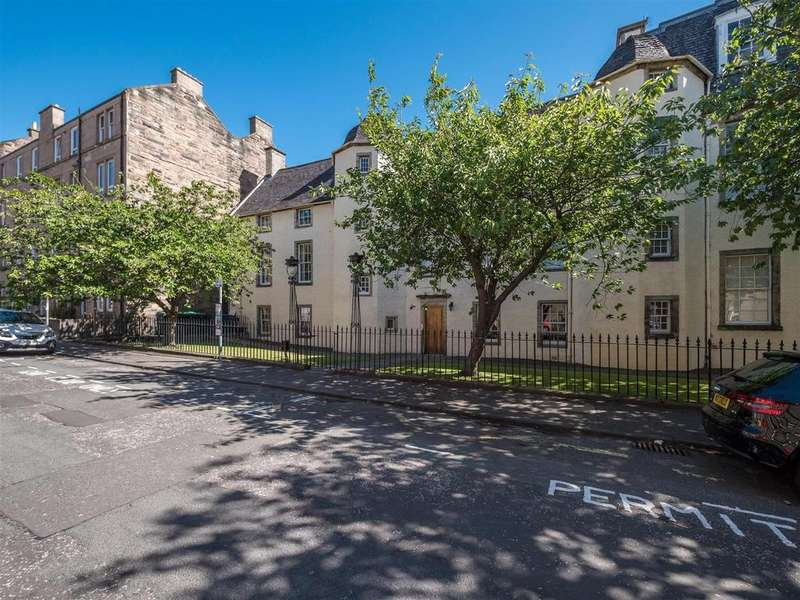 2 Bedrooms Flat for sale in Orwell Place, Edinburgh