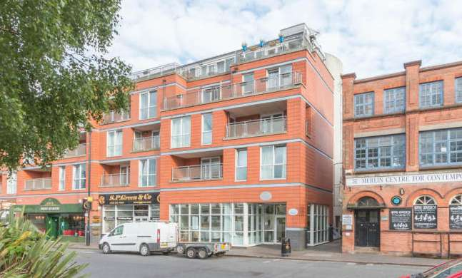 2 Bedrooms Apartment Flat for sale in Heritage Court, 15 Warstone Lane, Birmingham B18