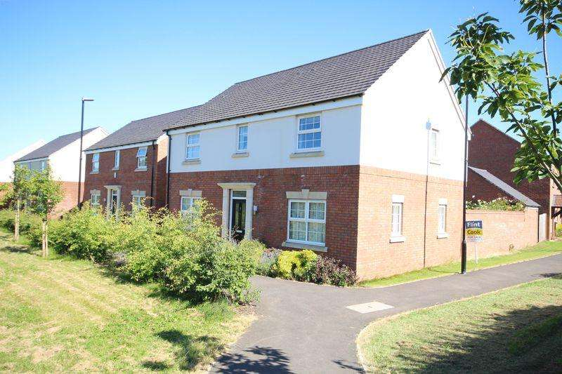 4 Bedrooms Detached House for sale in HOLMER