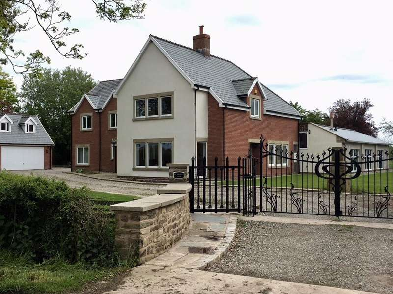 6 Bedrooms Country House Character Property for sale in St Helens View, Catterall Lane, Catterall, nr Garstang, Lancashire PR3 0PA
