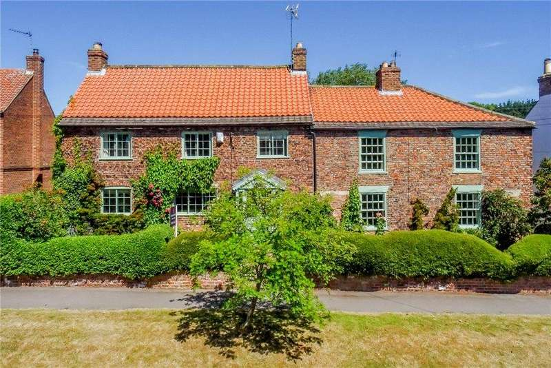 5 Bedrooms Detached House for sale in Plantation Cottage, Main Street, Little Ouseburn, York, YO26