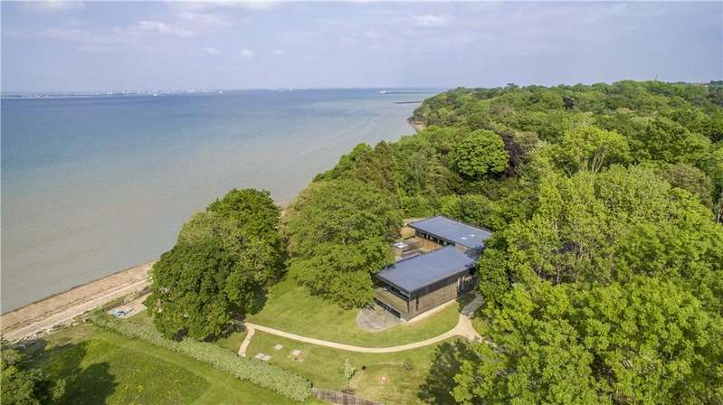 6 Bedrooms Detached House for sale in Quarr Road, Binstead, Ryde, Isle Of Wight, PO33