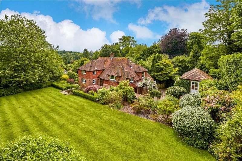 4 Bedrooms Detached House for sale in Vicarage Lane, Lodsworth, Petworth, West Sussex, GU28