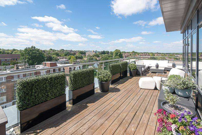 2 Bedrooms Penthouse Flat for sale in College House, 52 Putney Hill, SW15