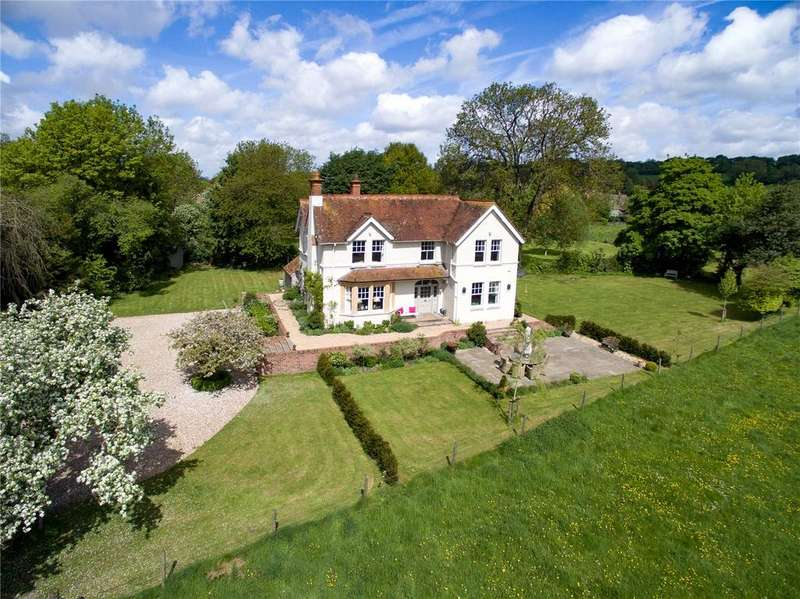5 Bedrooms Detached House for sale in Stoke, Hampshire, SP11