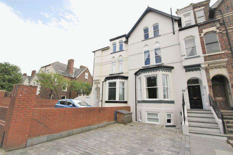 4 Bedrooms Terraced House for sale in Oxbridge Lane, Stockton TS18 4HW