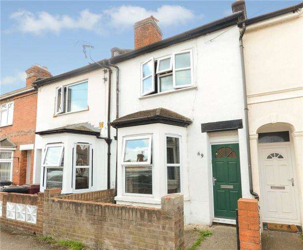3 Bedrooms Terraced House for sale in Queens Road, Caversham, Reading