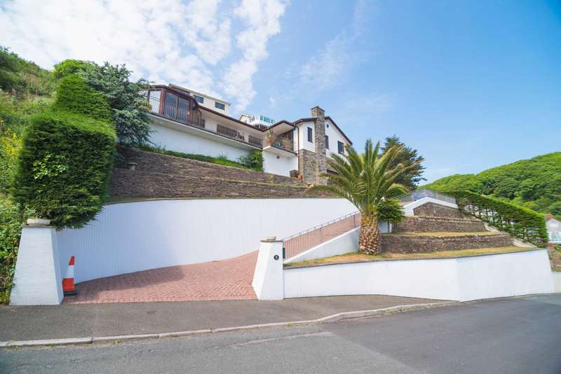 4 Bedrooms Detached House for sale in Buttlegate, Downderry
